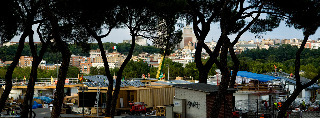 Villa Solar assembly. Solar Decathlon Europe competition. 13/09-28/09/2012. Madrid