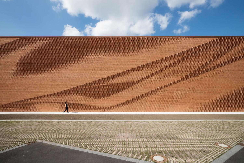 New headquarters of association of the northwest german textile by behet bondzio lin architekten - Lin architekten ...