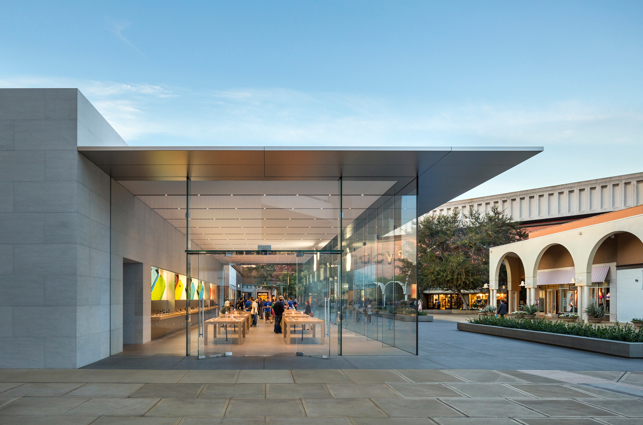Silicon Valley Apple Store By Bohlin Cywinski Jackson