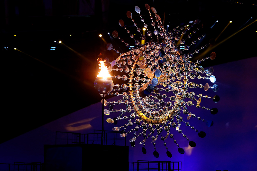 Rio 2016 Cauldron complemented by kinetic sculpture ...