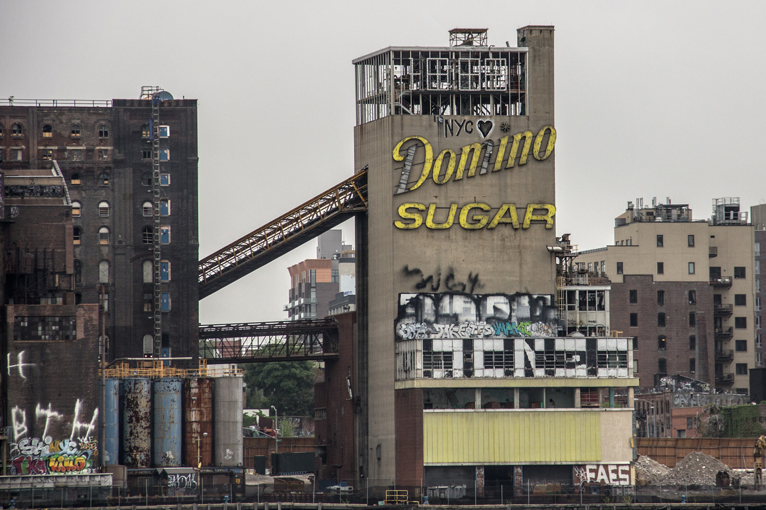 New Domino Sugar Factory Williamsburg on Industrial Warehouse Exterior