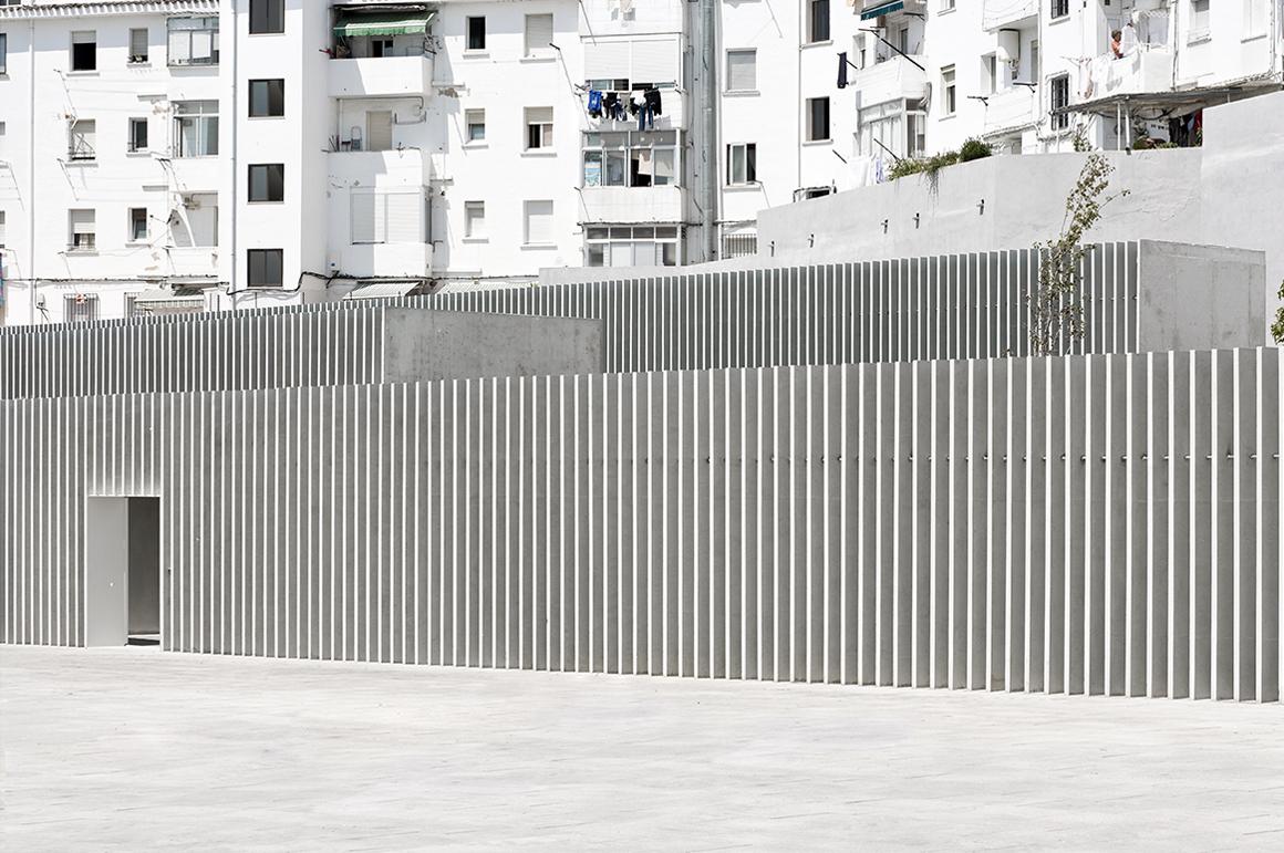 Primary school in la milagrosa by pereda p rez arquitectos metalocus - Arquitectos en pamplona ...