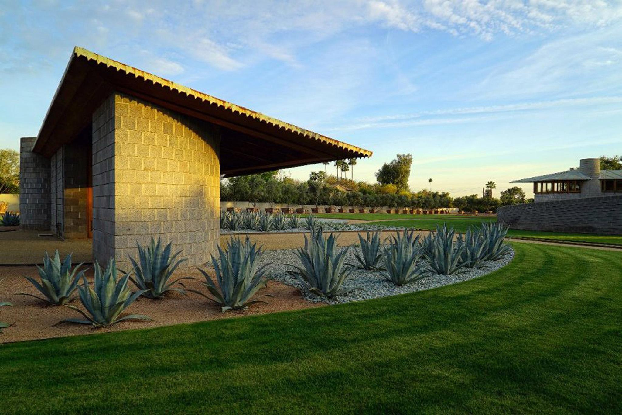 Architect Andrew Lloyd Wright: Frank Lloyd Wright House In Phoenix Donated To Taliesin