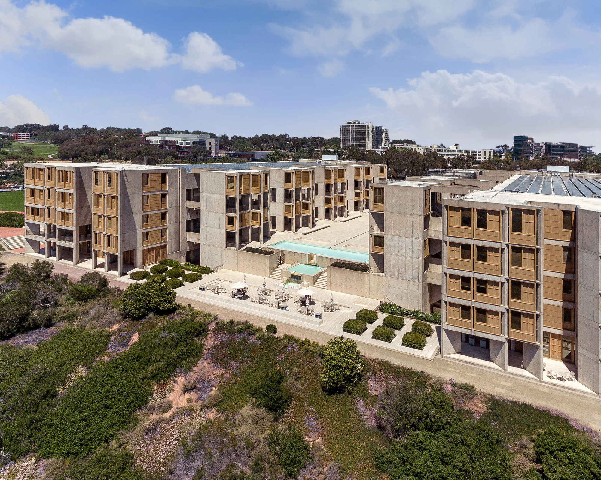 A New Life For Kahn S Salk Institute By The The Getty