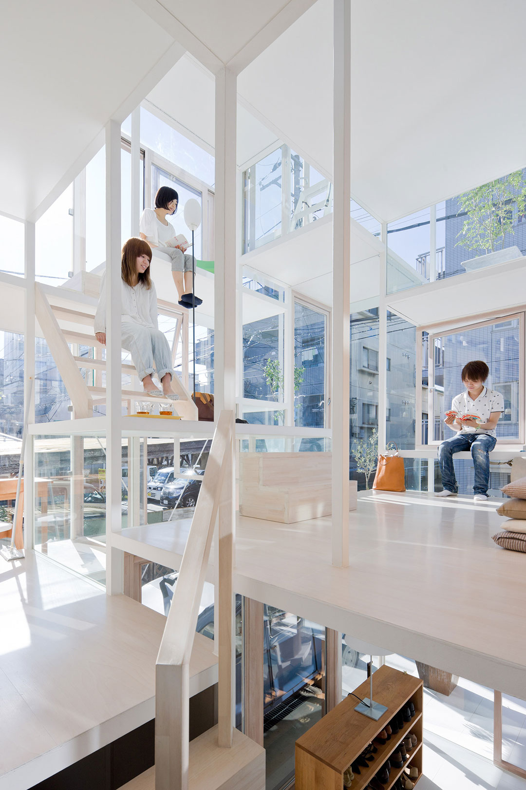 Radical house house na sou fujimoto architects for In house architect