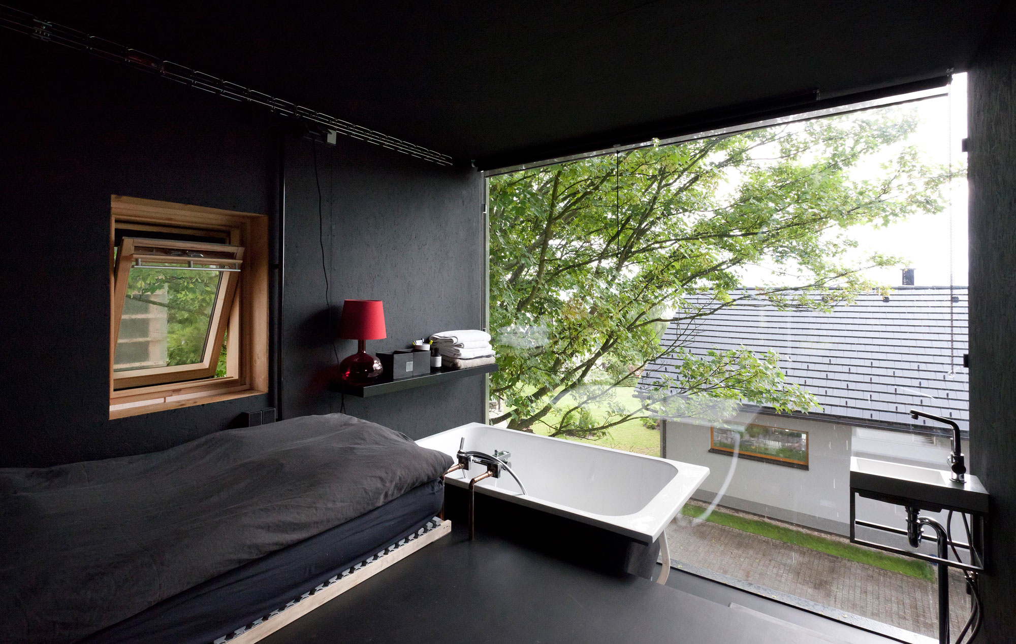 ZEN-Houses by Petr Stolín Architekt | METALOCUS