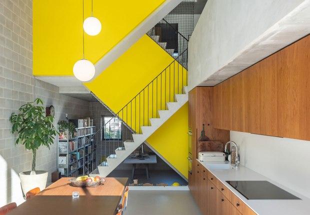 Casa para 3 generaciones por BETA. Fotografía por Ossip van Duivenbode