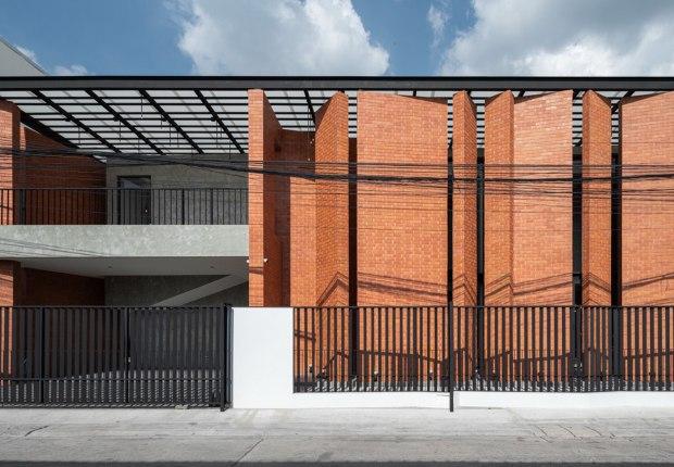 Pakkret House por Archimontage Design Fields Sophisticated. Fotografía por DOF Sky|Ground
