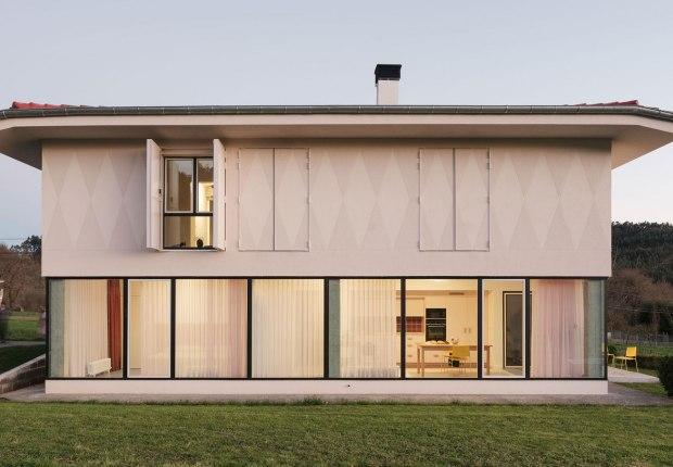 Re-House por AZAB. Fotografía por Luis Díaz Díaz