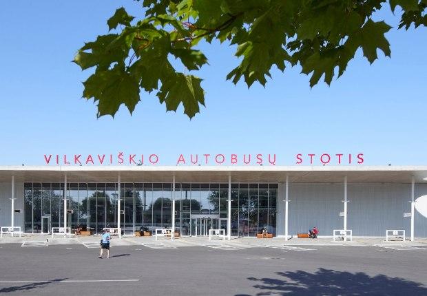 Estación de autobuses Vilkaviškis por Balčytis Studija. Fotografía por Norbert Tukaj