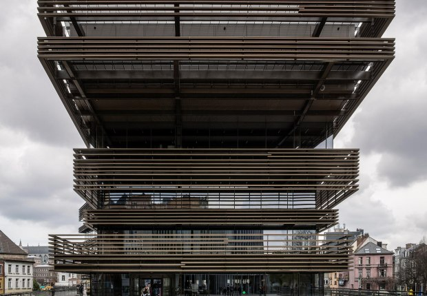 Main entrance from Miriam-Makeba square. De Krook library by RCR + Coussée & Goris architecten. Photograph by Hisao Suzuki