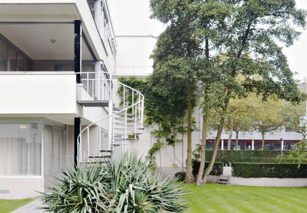 Sonneveld House by Brinkman & Van der Vlugt. Photograph by Johannes Schwartz