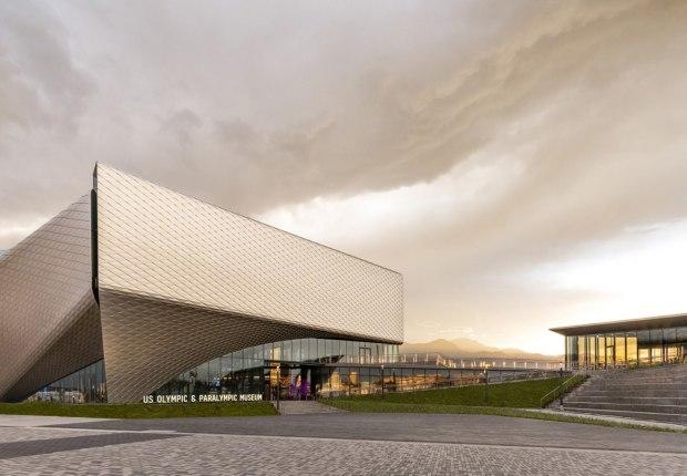Una vista previa del edificio, mientras el museo se prepara para abrir al público el 30 de julio de 2020. Fotografía por Jason O'Rear