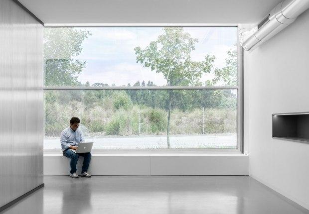 vEscritórios MA por éOp – arquitectura e design. Fotografía por Ivo Tavares Studio