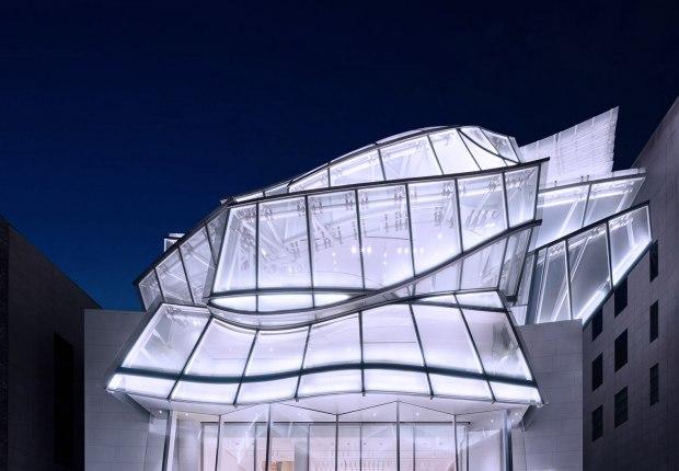 Fundación Louis Vuitton en Seúl por Frank Gehry. Fotografía por Yong Joon Choi