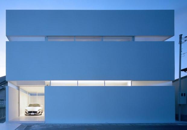 House in Takamatsu by Fujiwaramuro Architects. Photograph by Katsuya. Taira