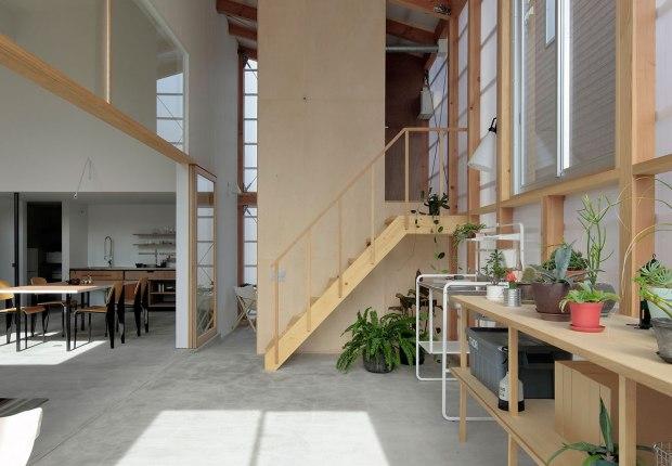 Inner Garden House by Takanori Ineyama Architects. Photograph by Koichi Torimura