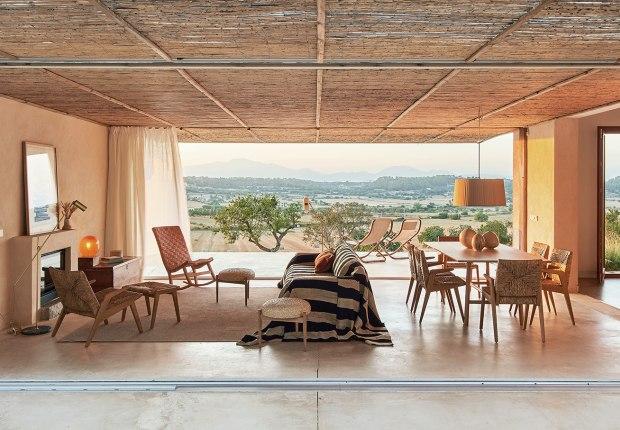 Casa Palerm por OHLAB . Fotografía por José Hevia