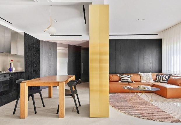 Residence 0110 by Raúl Sánchez. Photography by José Hevia