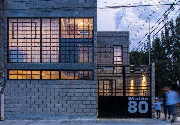 Melón House by Sin Título Arquitectura. Photograph by Edson Contreras