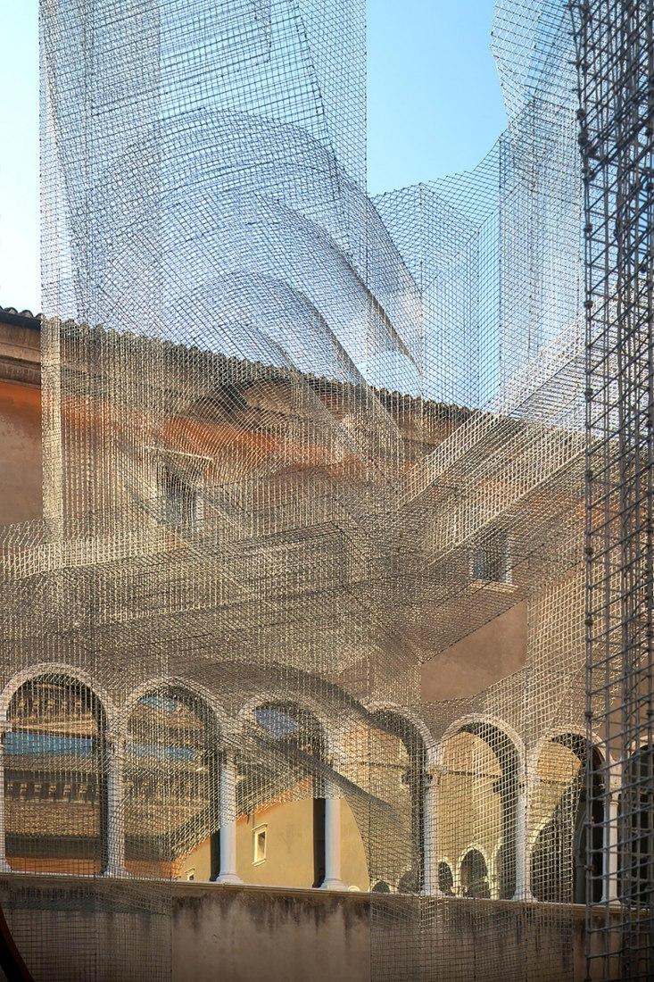 Sacral for the MAR's Dante exhibition by Edoardo Tresoldi. Photograph by Roberto Conte