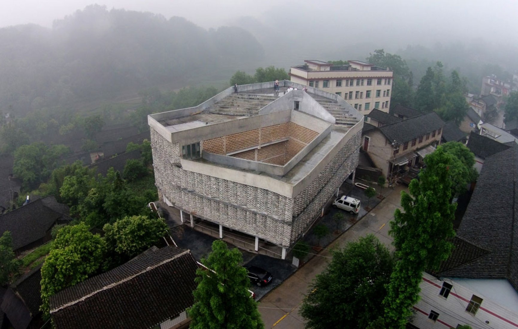 Angdong Health Center Hunan Province by RUF Architects. Photography © Rural Urban Framework (RUF).