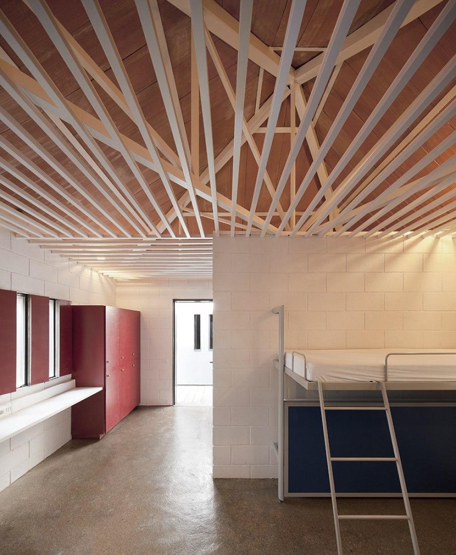 FINALISTAS AL PREMIO DE EDIFICACIÓN. Casas de colonias Viladoms. Castellbell i el Vilar (Barcelona) Arquitectos: Carlos Ferrater y Núria Ayala