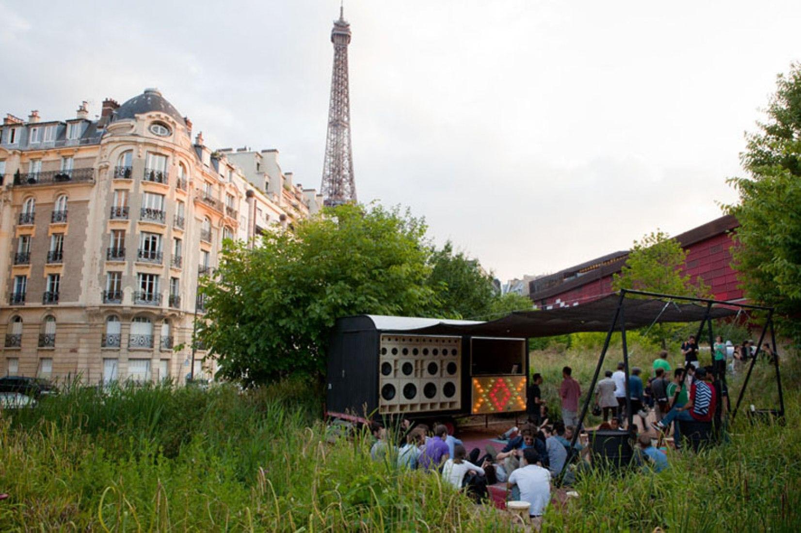 NOMAD. Museo Quai Branly. París. © 1to100architects. Fotografía por Thomas Mailaender