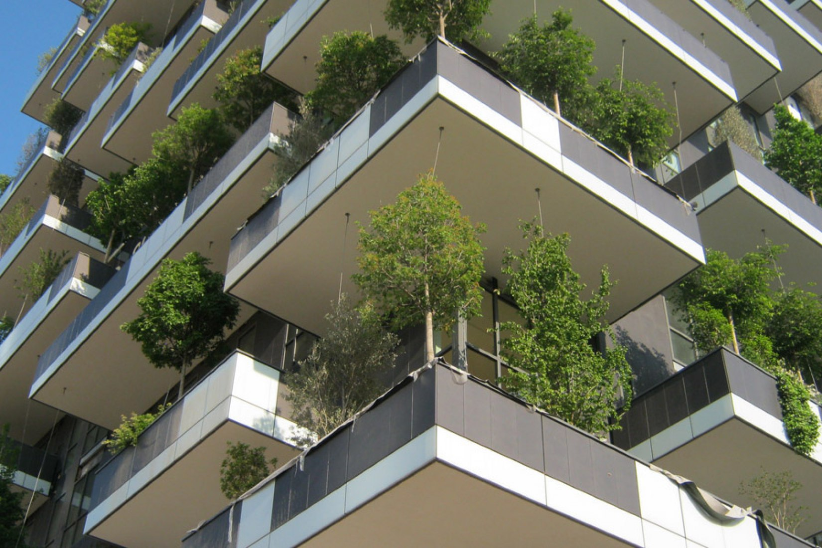 Milan plants a new forest in the sky, by Boeri Studio