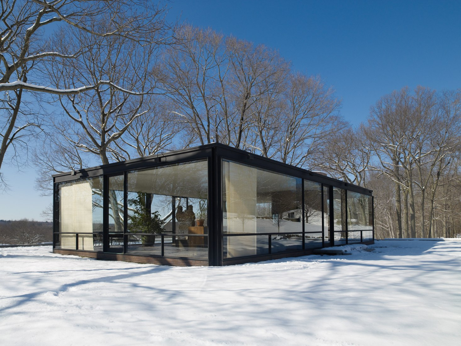 Glass House, a National