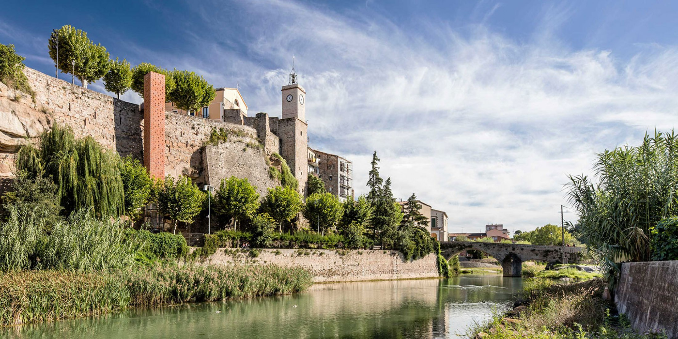 New access to Gironella's historic centre by Carles Enrich. Photography © Adrià Goula.
