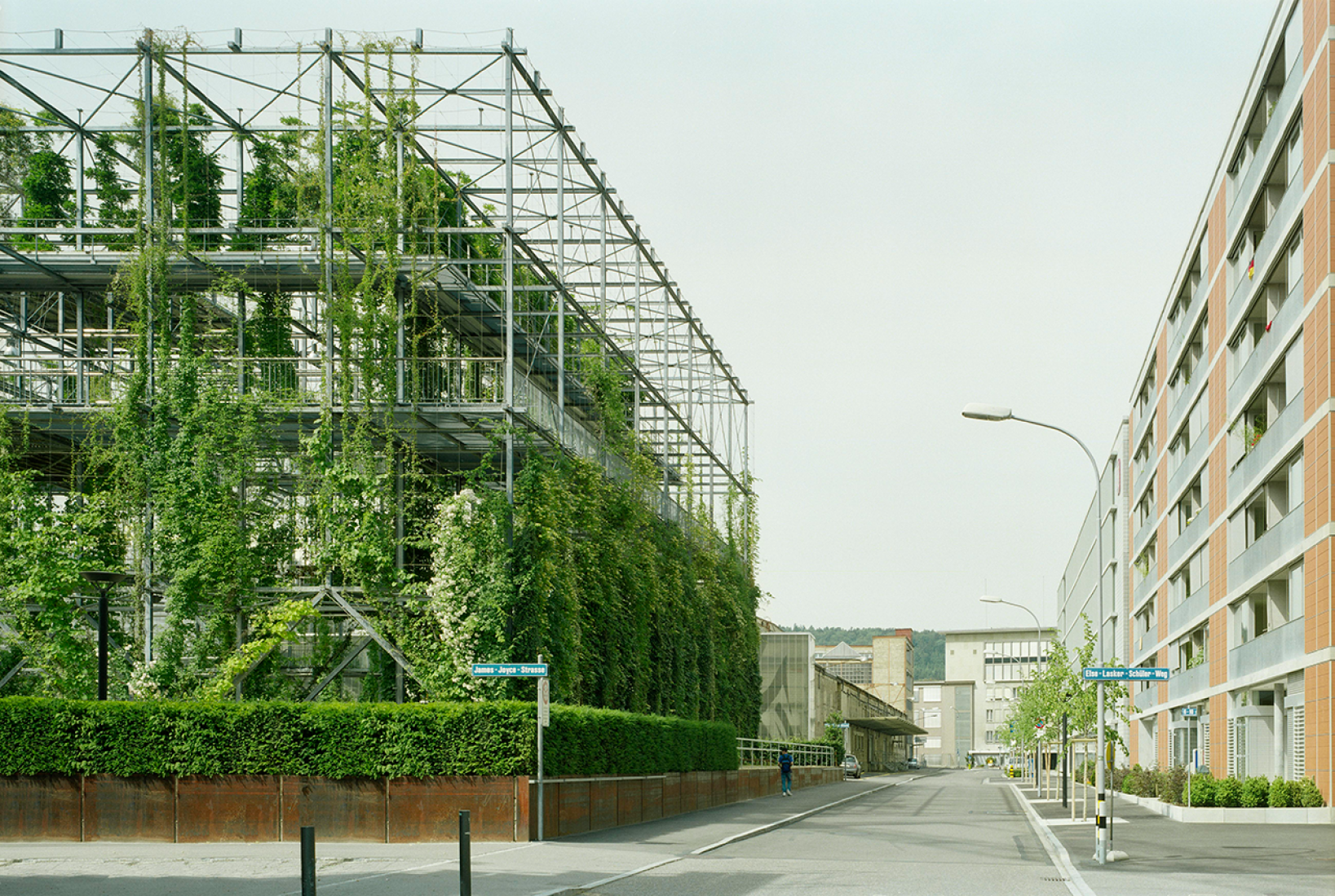 Parque MFO en Zúrich. Por Burckhardt+Partner AG Zurich & Raderschallpartner AG. Fotografía © Michael Fritschi