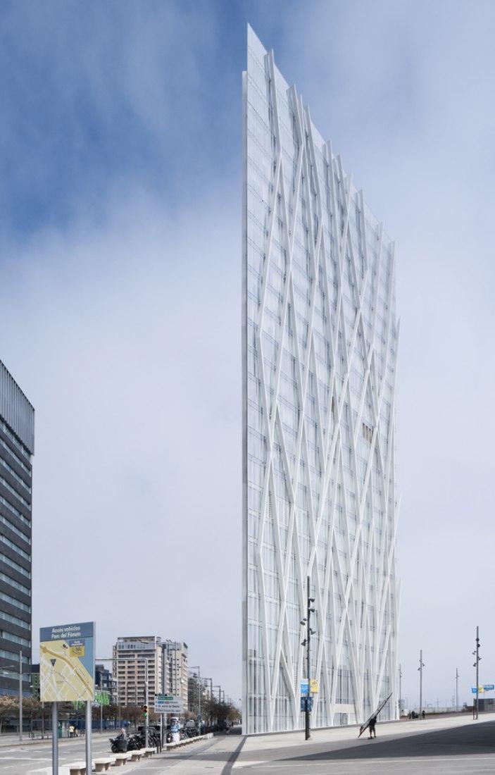 Torre Telefónica Diagonal Zero Zero. EMBA. Fotografía ©Pedro Antonio Pérez.