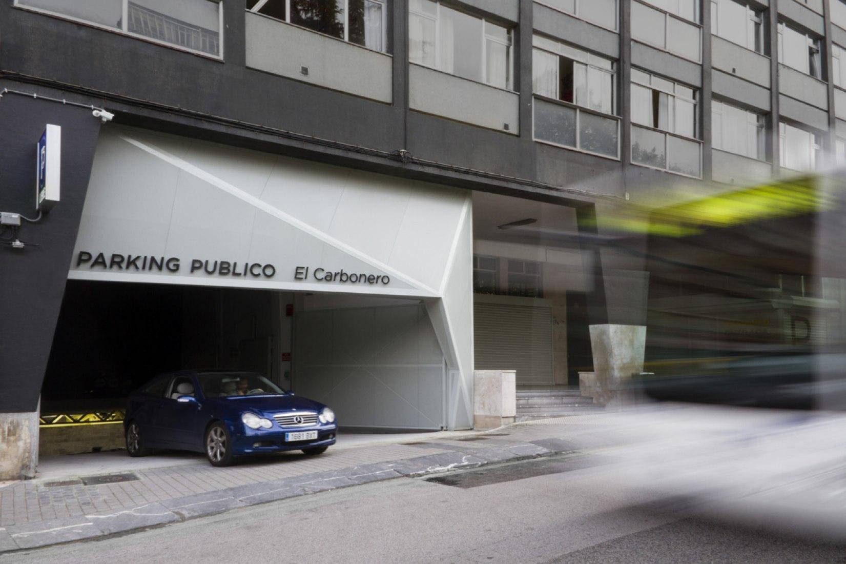 Entrada. Parking público El Carbonero por CiO estudio. Fotografía © Daniel Ojanguren.