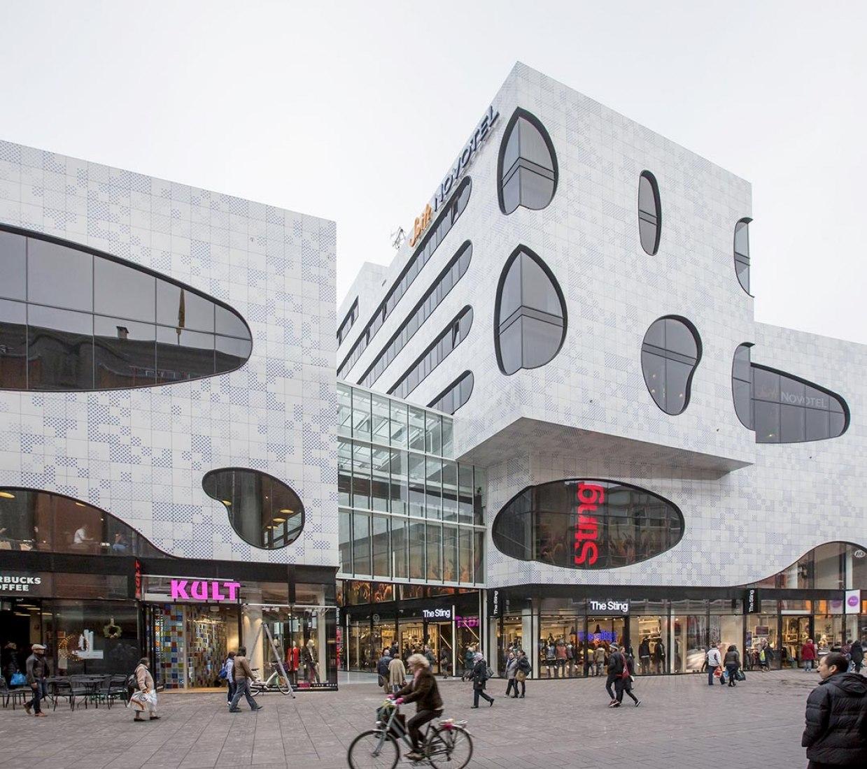 De Passage by Bernard Tschumi Architects. Photography courtesy of Mosa