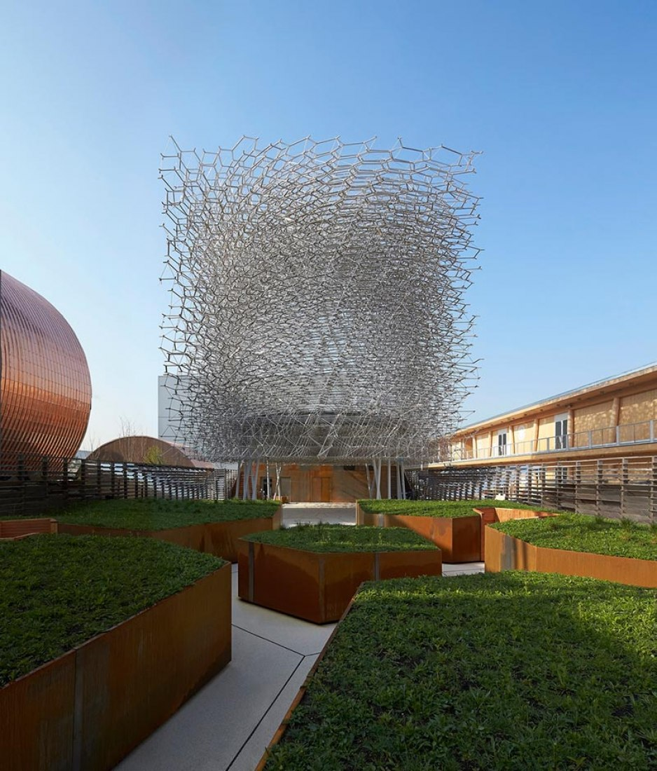 Outside view of the UK Pavilion Milan EXPO 2015 by Wolfgang Buttress. Photography © Hufton & Crow.