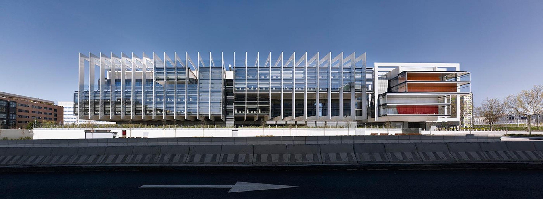 Campus Repsol de Madrid, por Rafael de La-Hoz Arquitectos. Fotografía © Alfonso Quiroga.
