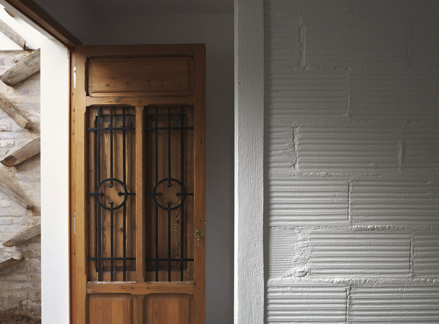Interior view. House in El Cabanyal by David Estal Herrero. Photography © Mariela Apollonio.