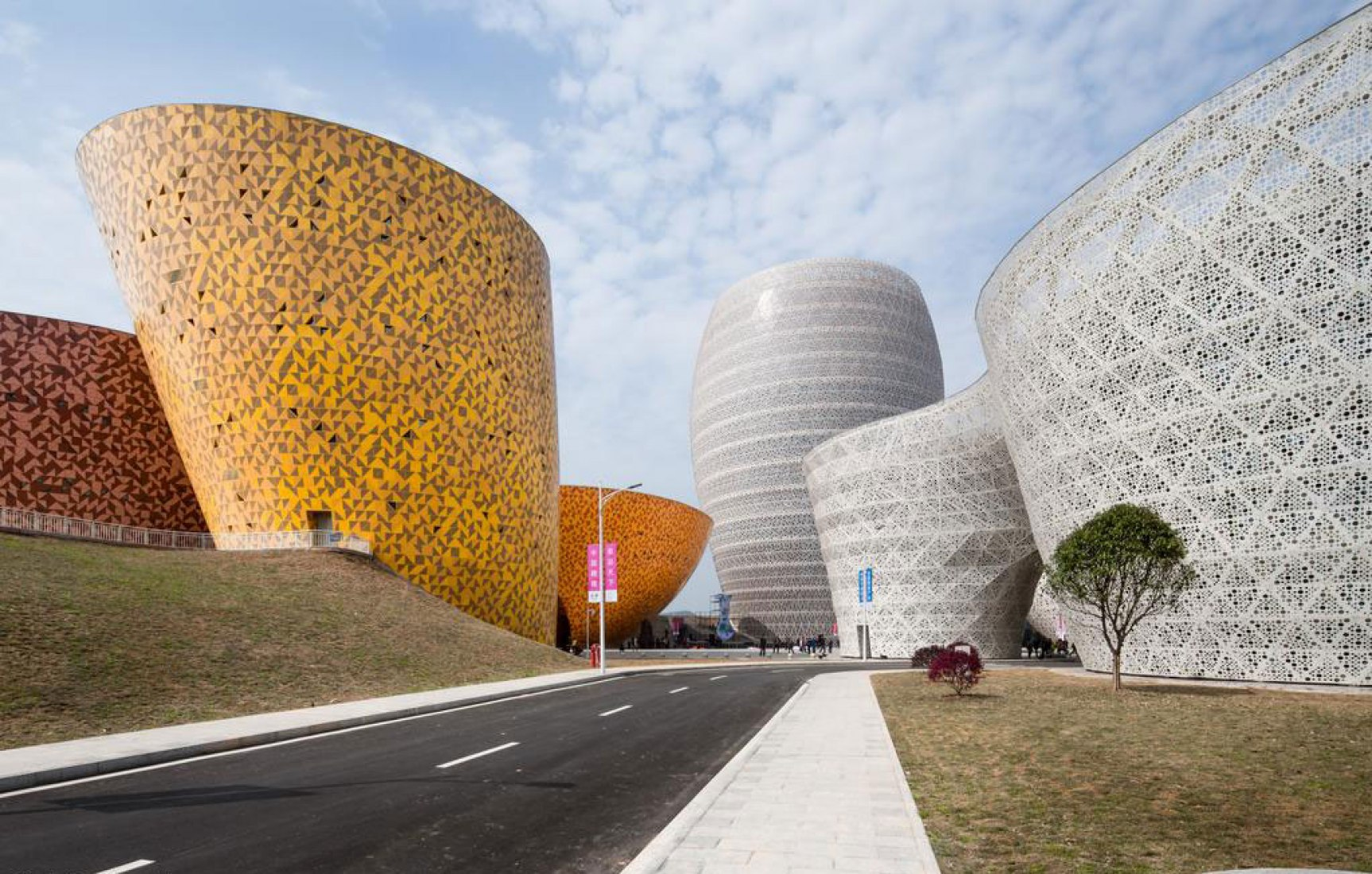Outside view. Liling World Ceramic Art City by Archea Associati. Photograph © Cristiano Bianchi. Click above to see larger image.