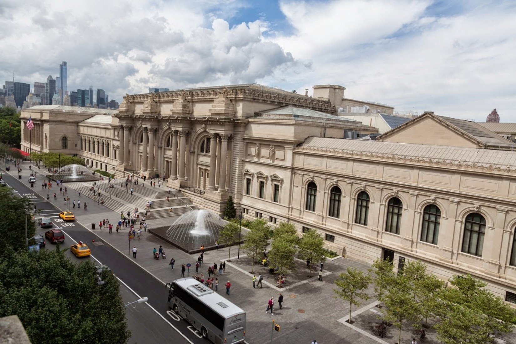 The David H. Koch Plaza at the Metropolitan Museum. Image courtesy of  the Metropolitan Museum of Art.