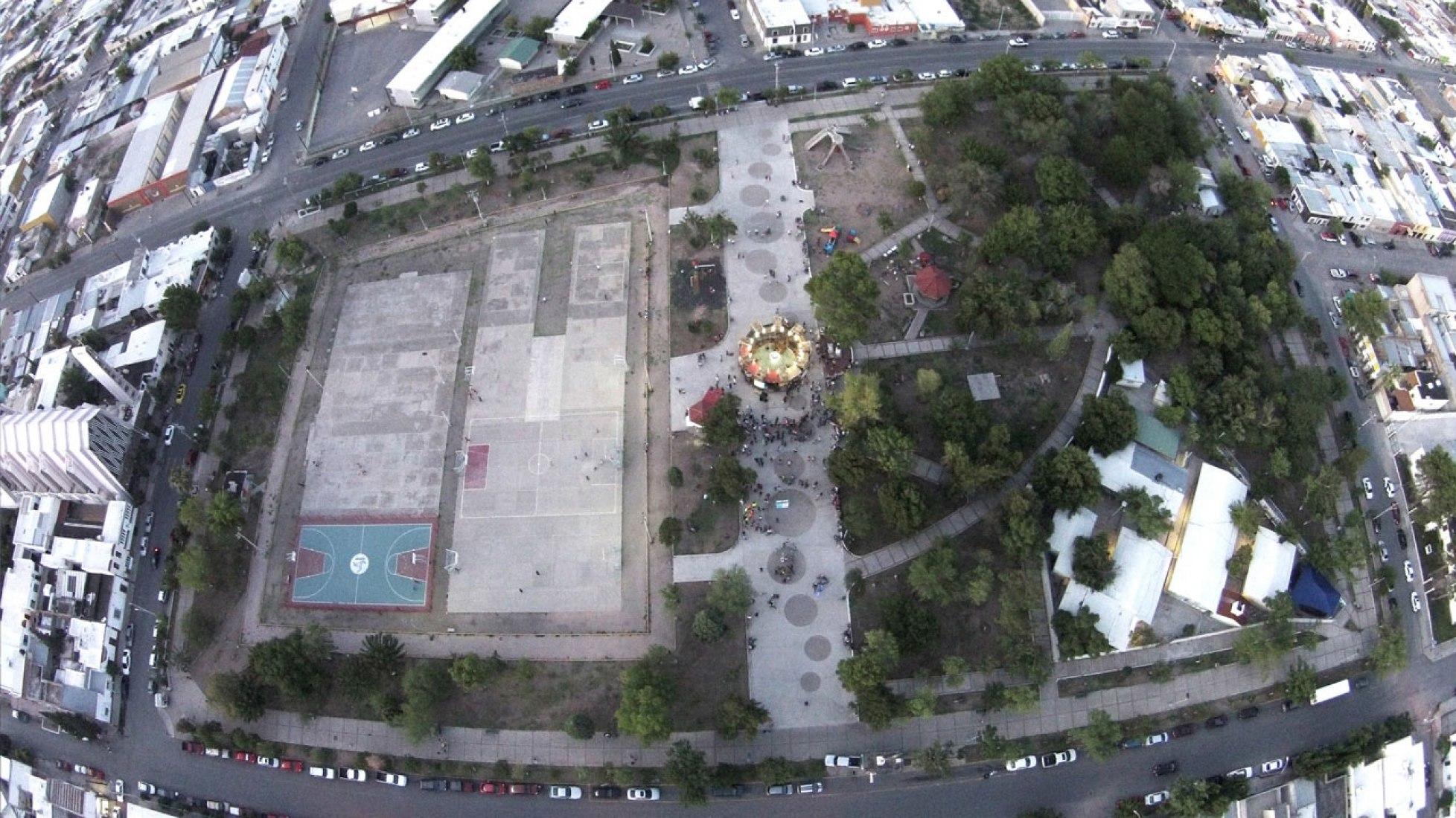 Vista aérea. Taller del Desierto / Urban SPA por PKMN Architectures + Memela. Fotografía © Taller del Desierto / Bieno Jiménez / Nikola Anakabe.