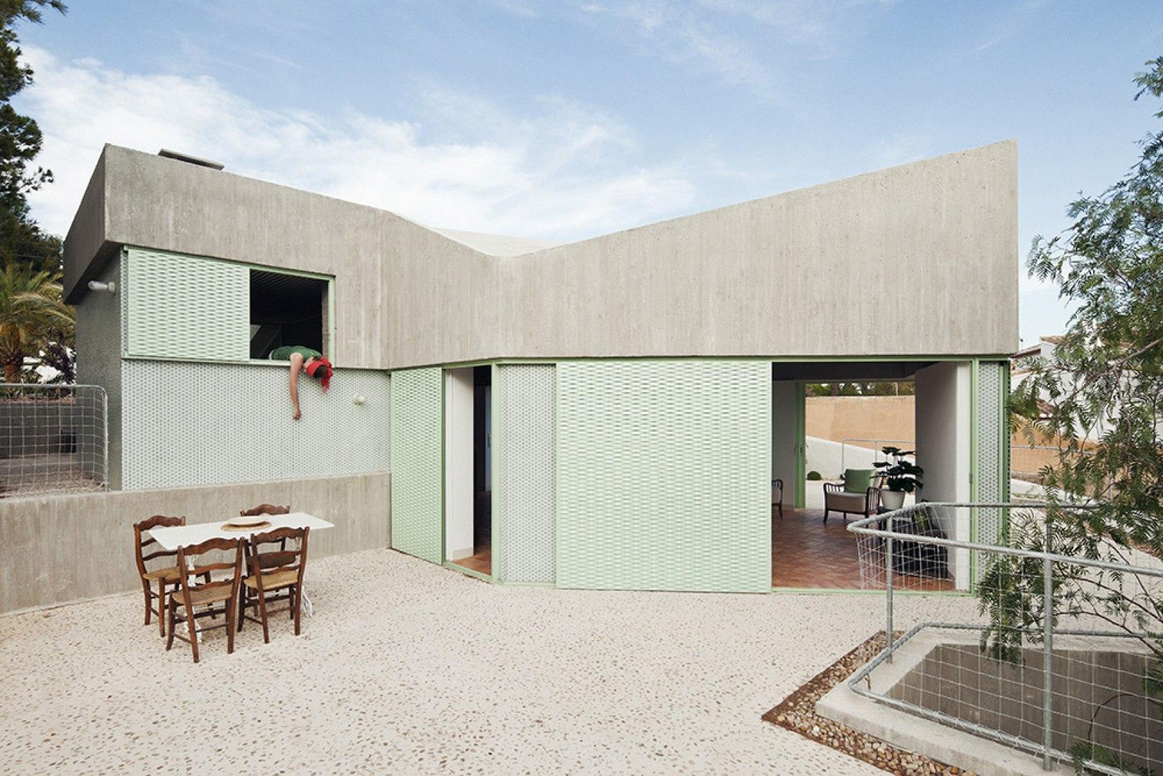Casa Baladrar por María Langarita y Víctor Navarro. Fotografía © Luis Diaz Diaz.