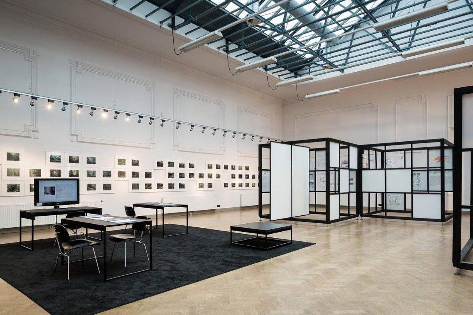 Vista interior de la exposición en Timmerfabriek. Cedric Price Exhibition por Bureau Europa.