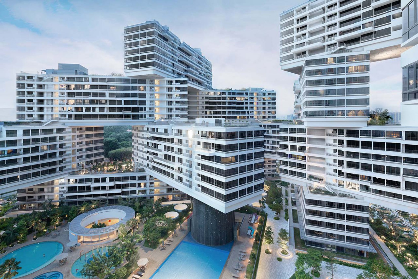 Overview. The Interlace, Singapur by OMA and Ole Scheeren. Photography @ Iwan Baan.