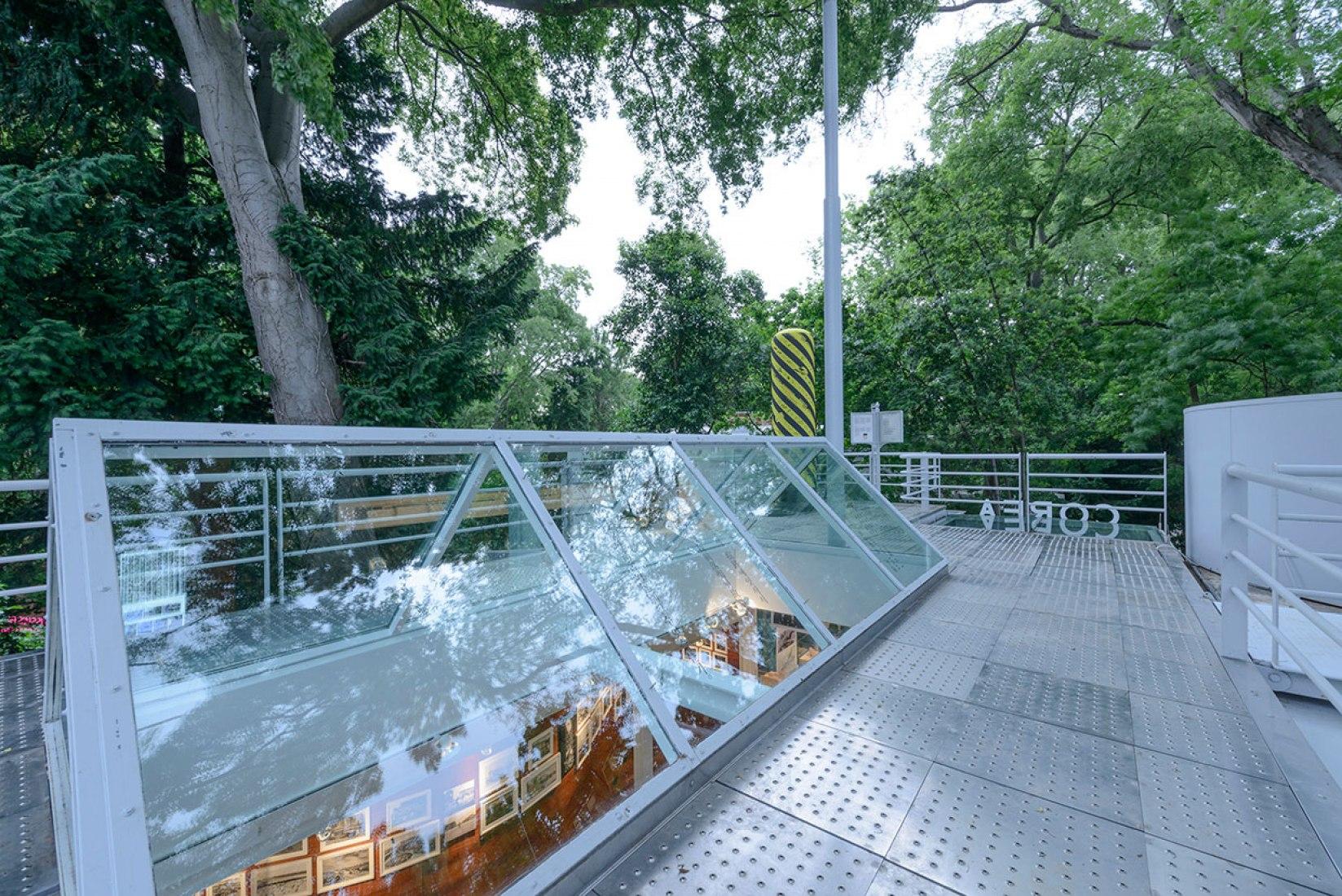 Vista exterior de la cubierta. León de Oro. Pabellón de Corea. Fotografía © Andrea Avezzù. Cortesía de la Biennale di Venezia.