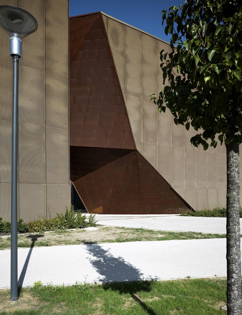 Nueva sede de la Cámara de Comercio por MDU architetti. Fotografía © Pietro Savorelli.