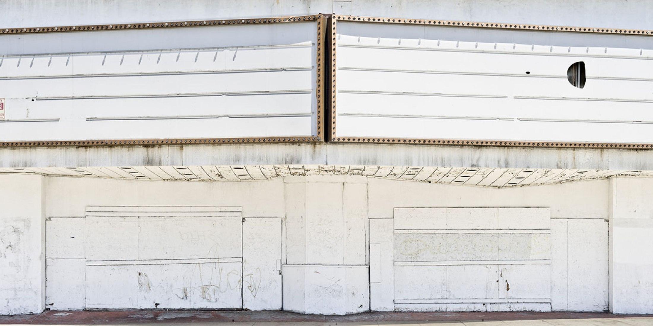 White. Monocroms. THE ARCHITECTURE GALLERY. Fotografía de eme3 © Adrià Goula.