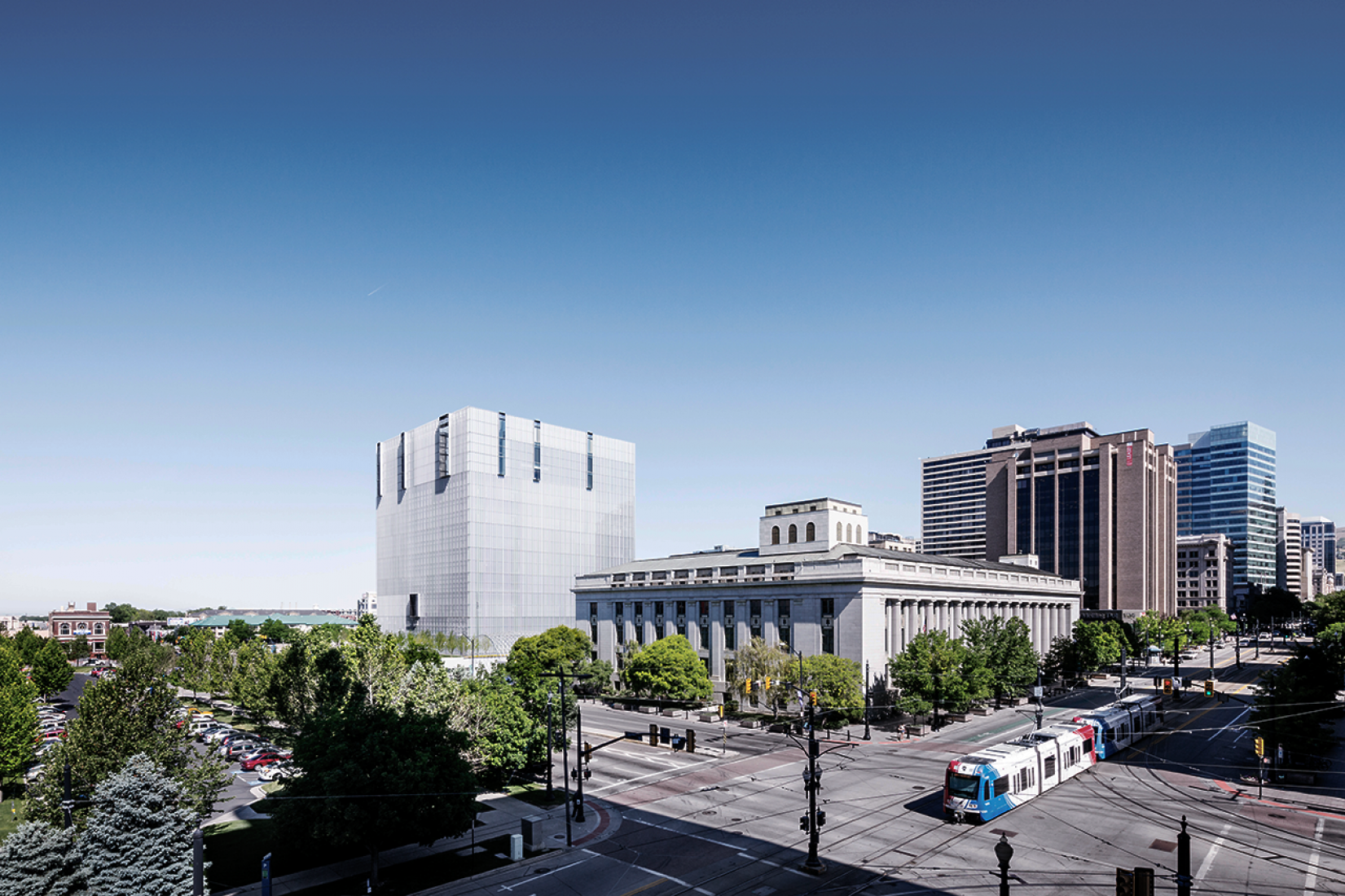 View of the city center. Federal Court in Salt Lake City, Utah, USA (2014) by Thomas Phifer and Partners. Photography © Scott Frances.