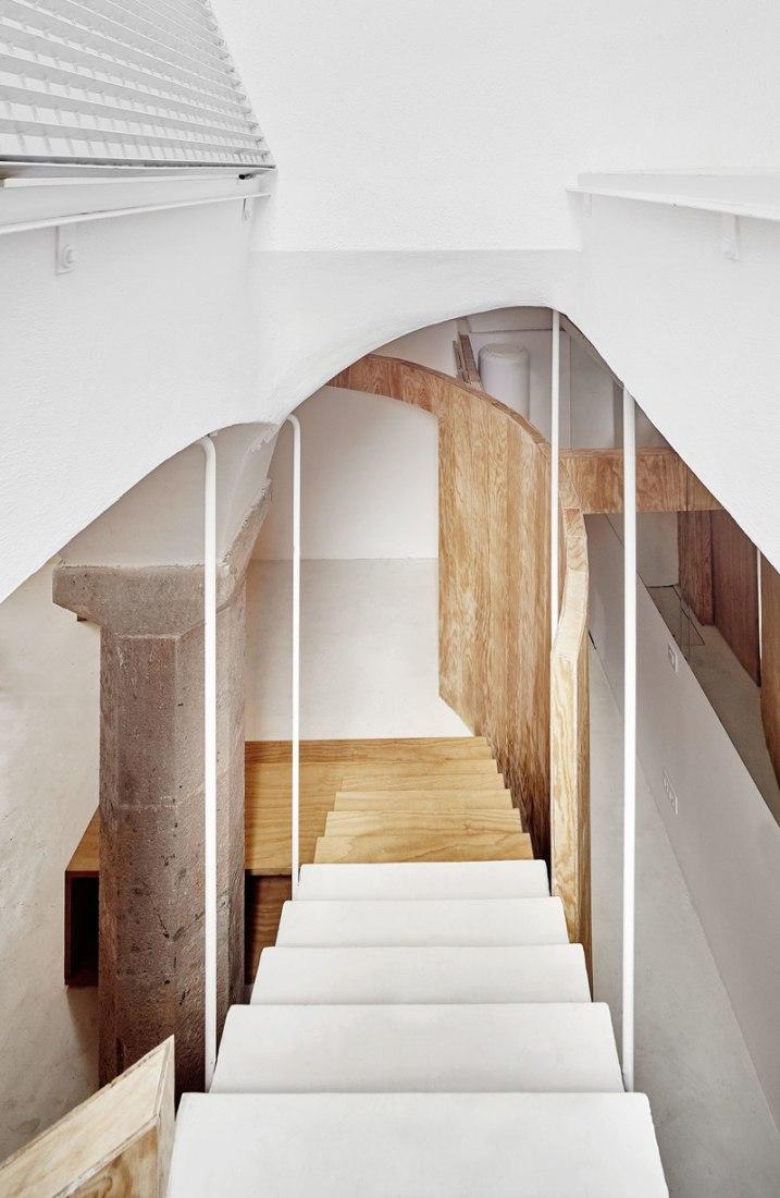 Tibbaut Apartment by RAS Arquitectura. Photography © Jose Hevia