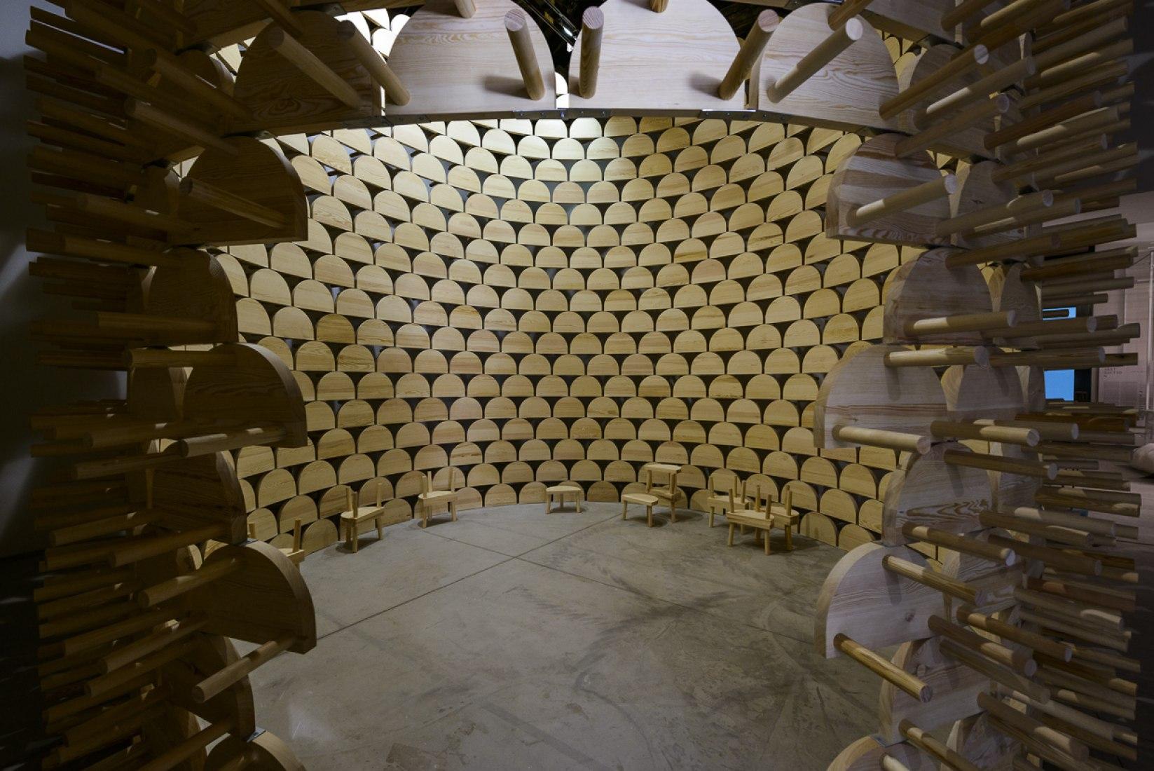 KOSOVO, República de visibilidad (modernidad impuesta). Fotografía © Andrea Avezzù. Cortesía de la Biennale di Venezia.